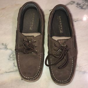 Sperry's size 4.5